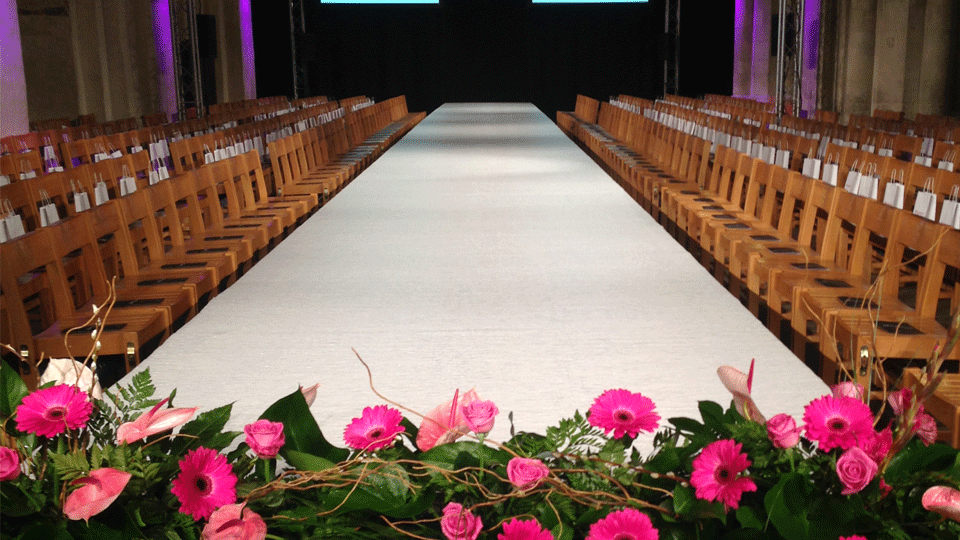 Catwalk Hire 2 with carpet